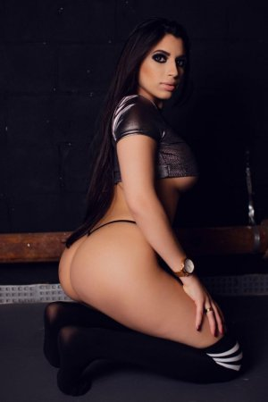 Lisandrina escorts Broken Arrow